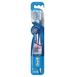 Oral-B Pro-Expert Crossaction All Around Clean  Manual Toothbrush